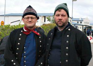 Annríki - Þjóðbúningar og skart. Ási og Binni í íslenskum herrabúningum.
