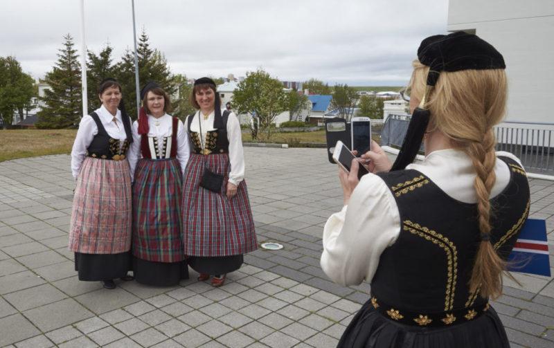 Annríki - Þjóðbúningar og skart. Upphlutur